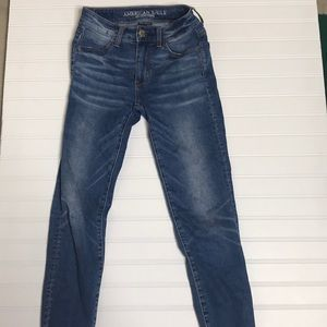 Medium wash US size 00 AE jeans